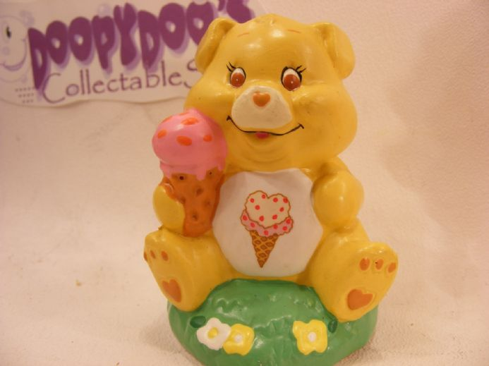 "VINTAGE 4"" CERAMIC TREAT HEART PIG CARE BEARS COUSIN"